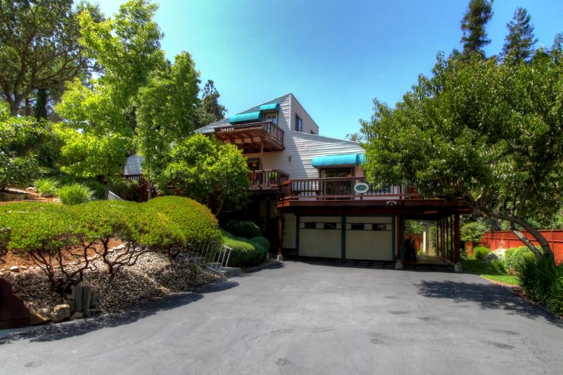 1319 Springbrook Rd, Walnut Creek